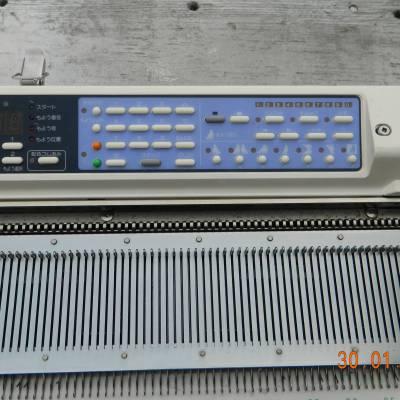 Электронная,   вязальная машина 5 класса. Бразер КН965i