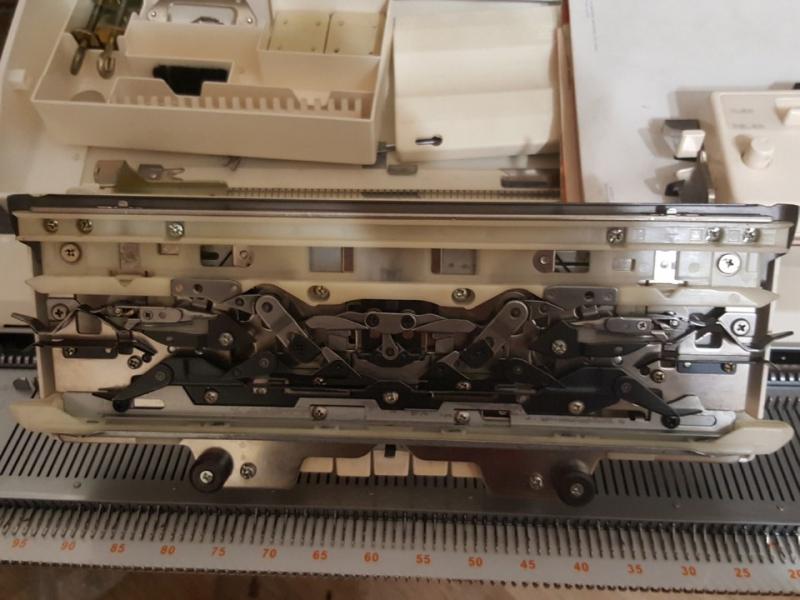 вязальную машину BROTHER КН970/850
